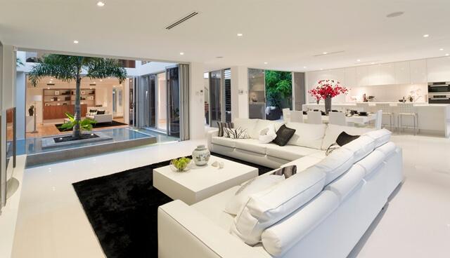 http://pt.depositphotos.com/11497565/stock-photo-house-interior.html